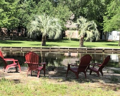 Bass Ranch, Located on a Broad Canal to the Lake for Great Bass Fishing ! - Carriere