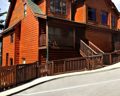 456 King size bed/bedroom condo/cabin with a set of bunk beds & washer/dryer - Pigeon Forge