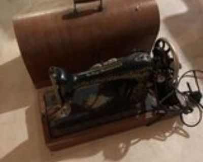 antique singer sewing machine that needs some tlc