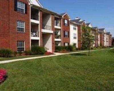 7400 Steeplecrest Cir, Louisville, KY 40222 1 Bedroom Apartment
