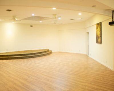 1500 sq. ft Art Gallery Space in Santa Monica W/ Patio Deck, santa monica, CA