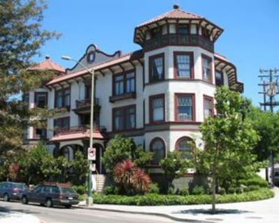 1800 Lakeshore Ave #6, Oakland, CA 94606 1 Bedroom Condo