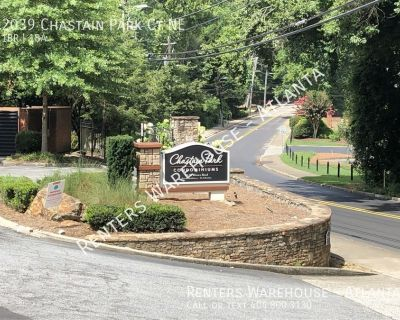 Chastain Park Charmer! 1 Bedroom Condo in heart of Chastain Park