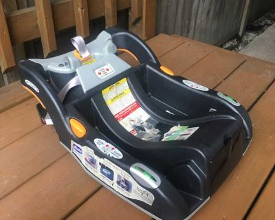 Chicco KeyFit Car Seat Base - Excellent Working Condition