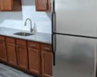 106-108 N Potomac St 2nd Fl #2ndFL, Hagerstown, MD 21740 2 Bedroom Apartment
