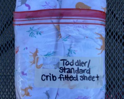 Toddler bed or standard crib fitted sheet