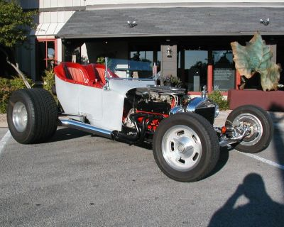 T Bucket .. Street Rod .. Hot Rod .. T Bucket Roadster