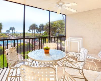 Gulf Front- Bright, Clean, Updated Tarpon Beach Condo, 2 Bedroom 2 Bathroom - Sanibel