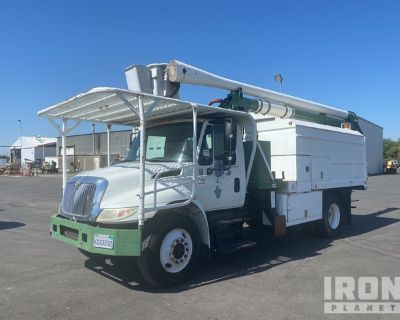 2002 Ariel Lift 60-50-5-1L-1H 55 ft on 2002 International 4300 4x2 S/A Tree Trimmer Truck