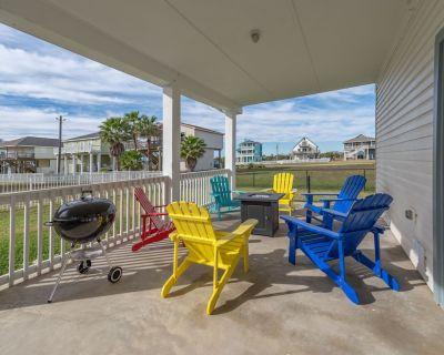 ***New Listing!!!! Family Beach Retreat, Walk to Beach and Bay*** - Terramar Beach