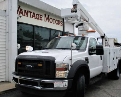 2008 Ford Super Duty F-550 Chassis Cab XL