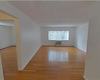 Appealing One Bed, close to 95 and Waltham Ctr, Heat & HW By Charles River Properties LLC