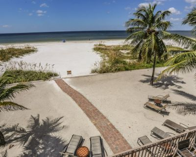 Welcome to The Beachfront Palace, a unique, large, luxurious, and rambling gulf-front home with 5 bedrooms and 4 baths - Mid Island