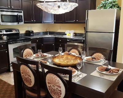 4.5 STAR Spacious 2 Bedroom Resort Condo Near Busch Gardens - 1200 SQRFT - James City County