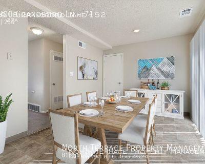 Renovated 3BR Apartment in Grandview