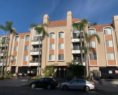 3325 Castle Heights Ave, Los Angeles, CA 90034 1 Bedroom Condo
