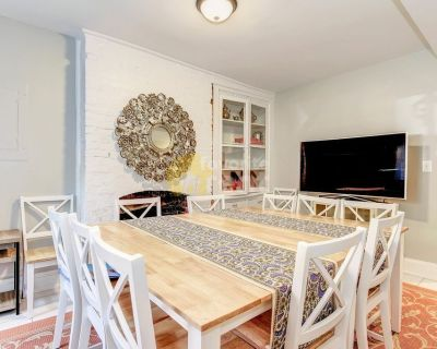 6 bedrooms 3 baths townhouse in Shaw, Washington