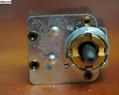 NOS Wiper Switch Helphos 111 955 517 C German