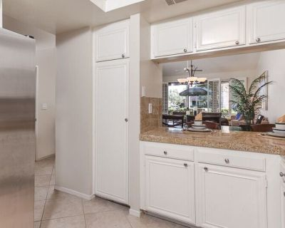 South Facing, Upgraded, Prime Location - Palm Desert