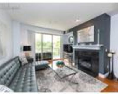 Englewood 2BR 2BA, Skip down to page content.