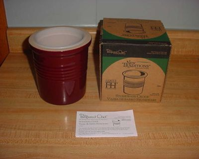 New Pampered Chef New Traditions Stoneware Cranberry Bread Baking Crock Complete With Use & Care/Recipe Card. The Removable Plastic Liner...
