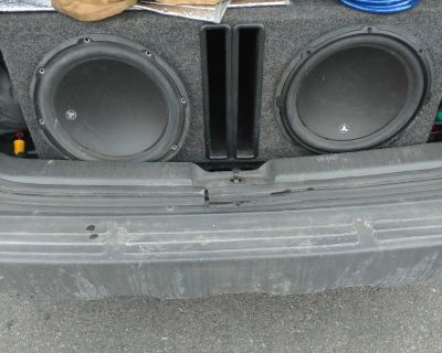 (2) 12inch JL audio w3 subwoofers in box