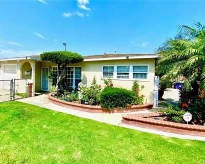 JUST LISTED! Chance To Live 3.5 Miles From The Beach