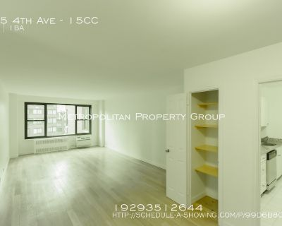 No Fee~West facing spacious and beautiful sunny one bedroom In Doorman, Gym, Elevator, Laundry Building