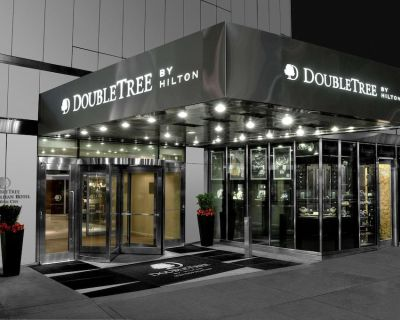 2-Bedroom Suite at DoubleTree by Hilton Metropolitan - New York City by Suiteness - Midtown