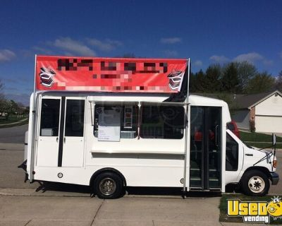 Ready to Use Ford 25' Kitchen Food Truck / Used Mobile Food Unit