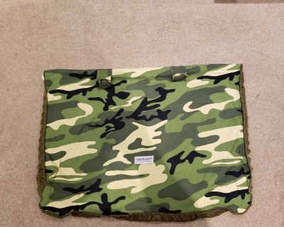Carseat canopy cover camo Hunter