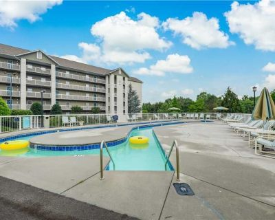 Pigeon Forge Dream Whispering Pines 423, 2BR, 2 Pools, Gym, Hot Tub, Lazy River, Wifi, Sleeps 6 - Pigeon Forge