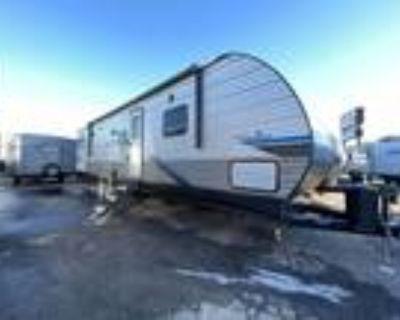 2022 Coachmen Catalina Legacy Edition 343BHTSLE