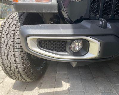 Florida - Set of 2 JL/JT Silver Front Fog Light Trim Bezels