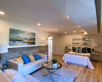 High End One Bedroom Suite with Beautiful views and Jacuzzi Hot Tub - South Arroyo