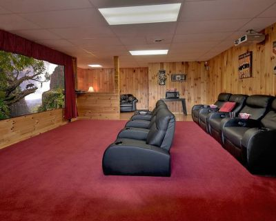 Mtn-View Cabin - Fire Pit & Theater - Minutes to Pigeon Forge & Gatlinburg!! - Pigeon Forge