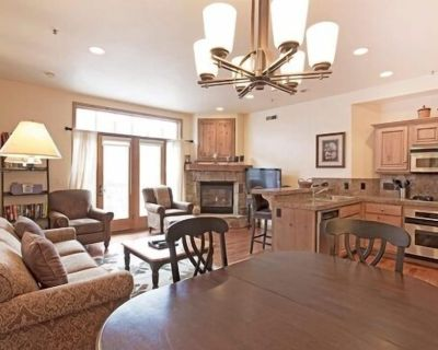Luxury Main St Condo In Downtown Park City - Downtown Park City