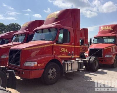 2014 Volvo VN VNL 4x2 S/A Day Cab Truck Tractor