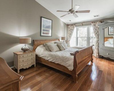 Private room with ensuite - Reston , VA 20194