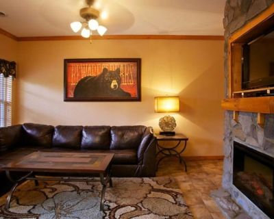 One Bedroom Luxury Condo, Pigeon Forge (1724128) - Pigeon Forge