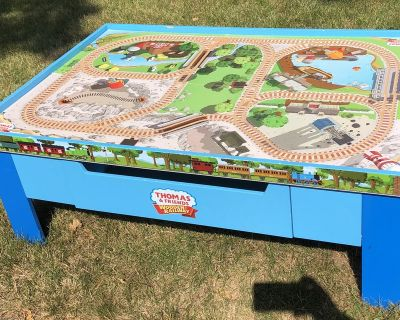 Thomas the Train table with drawer