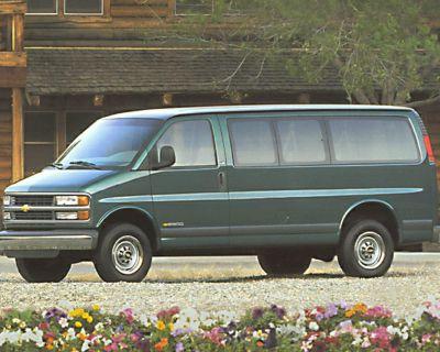Pre-Owned 1999 Chevrolet Express Van G3500 Base RWD Extended Passenger Van