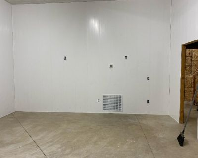 Acquire PVC Panels from Duramax PVC Wall Panels for Outstanding Level of Rigidity and Durability