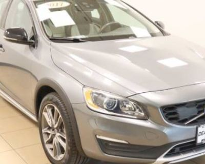 2017 Volvo S60 Cross Country T5