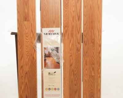 11 pieces Mohawk Floor Lamination