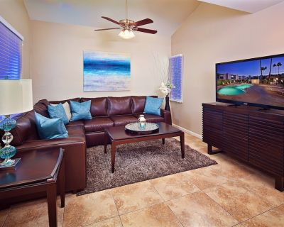 Unbeatable Location, 2 Pool Areas, Hot Tub, Near Scottsdale Greenbelt, and More - South Scottsdale