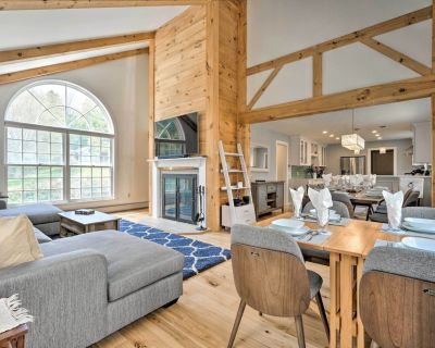 NEW! Chic Dover Home w/ Hot Tub: 4 Mi to Mt Snow! - West Dover