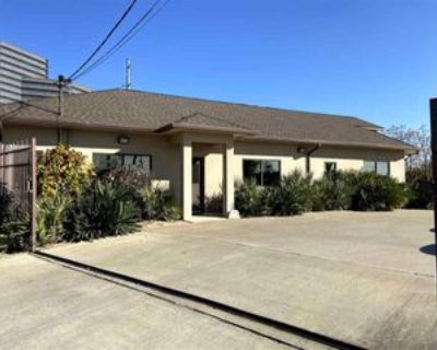 4914 Vicksburg St, Dallas, TX 75207 Studio Apartment