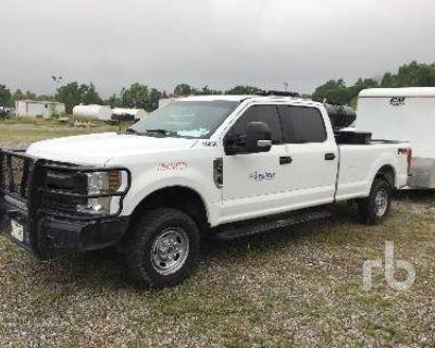 2019 FORD SUPER DUTY CREW CAB 4X4 Pickup Trucks Truck