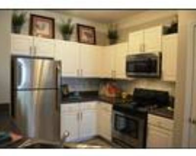 Roommate wanted to share 1 Bedroom 1 Bathroom Apartment...
